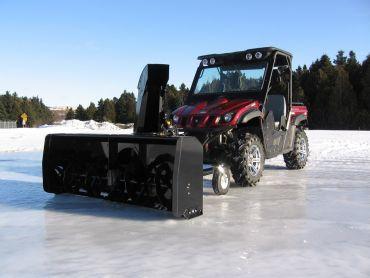 "Sneeuwblazer voor quad, 66"" (167 CM) 22HP HONDA ENGINE"